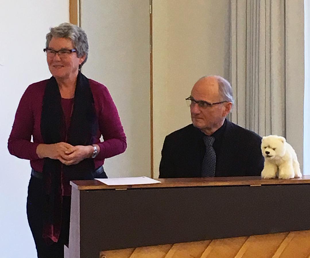 Jorunn Sjobakken and Truls Fleiner by the piano